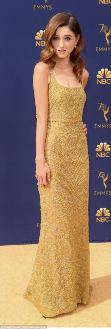 505255A000000578-6169675-Golden_Alison_Brie_L_and_Natalia_Dyer_R_both_chose_metallic_look-a-621_1537248934267